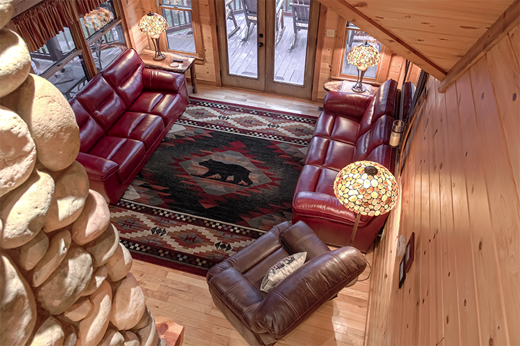 Rich Mountain Lodge :: Family Room - Cabin Rentals of Blue Ridge